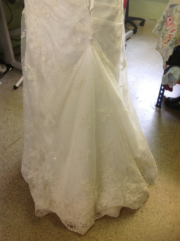 Bridal Alterations At Emmas Crafts